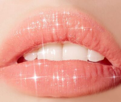 Eight tips on using lip gloss
