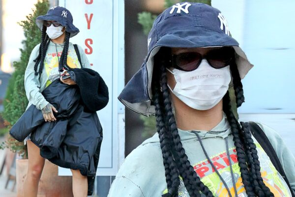 Rihanna wears a bucket hat and wears the checkerboard trend