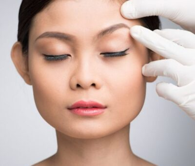 Complications of eyebrow lift with different methods