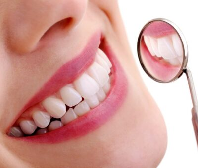 How to have white teeth with Coconut oil pulling?