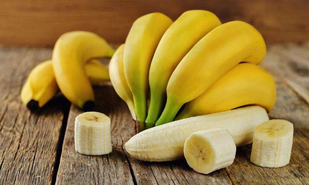 banana peel for your teeth whiteness
